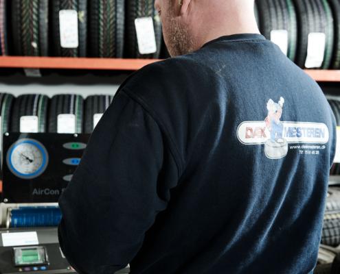 Mekaniker i arbejde
